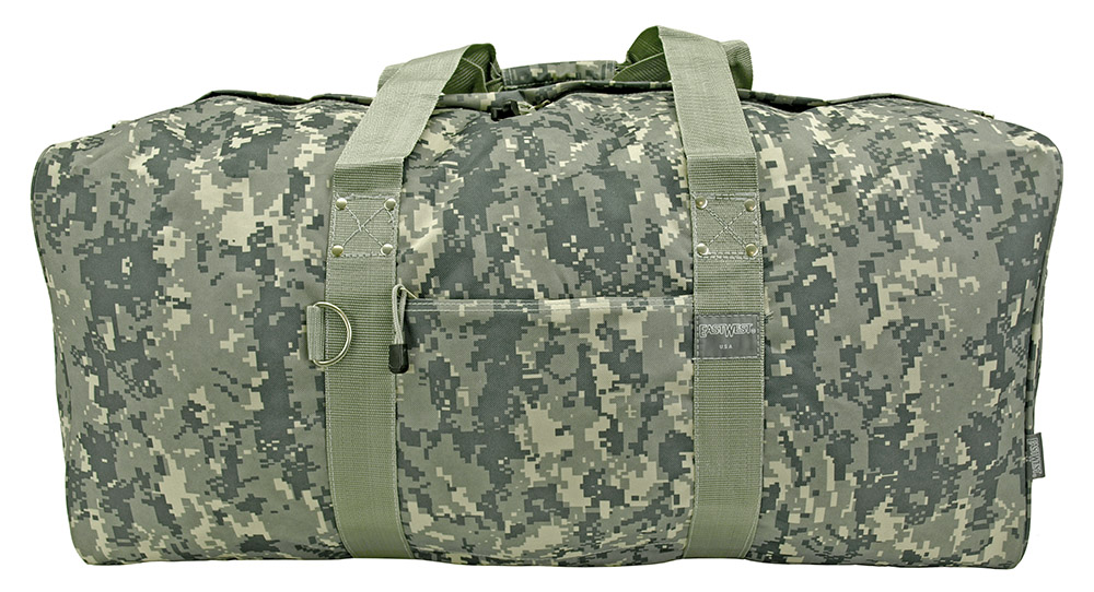 30 in Cargo Duffle Bag - Digital Camo