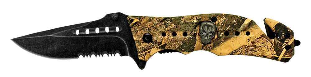4.5 in Spring Assisted Folding Skull Knife - Woodland Camo
