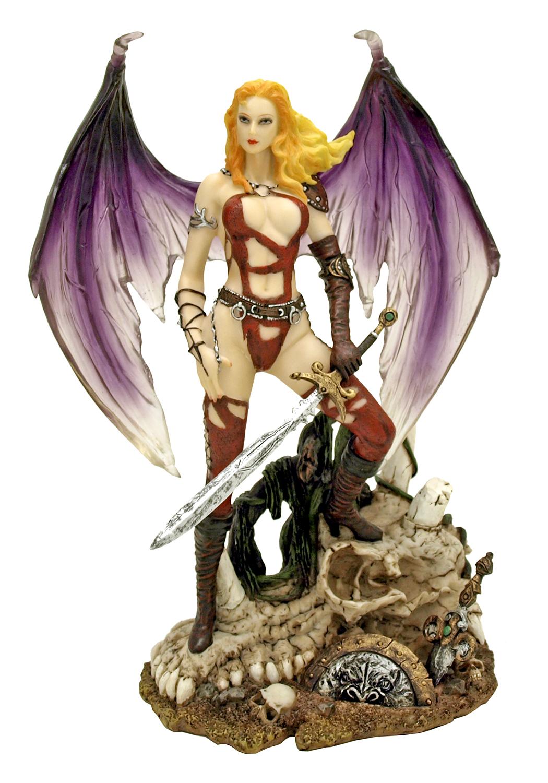 Amazonian Conqueror Statue Figurine